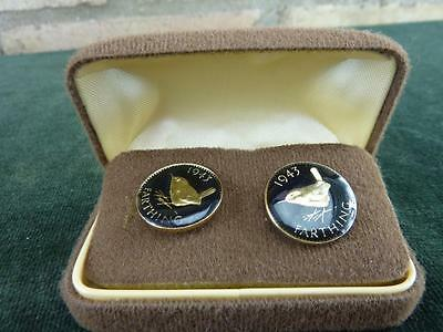 Vintage Enamel Coins Cufflinks Farthing dated  1943 Gold and black in cased