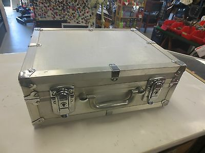 Vintage Metal/Wood Suitcase Luggage Equipment/ Instrument Carrying Hard Case