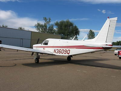 1977 Piper Cherokee Lance PA-32R-300 P32R Aircraft Sky Dive Jump Cargo Airplane