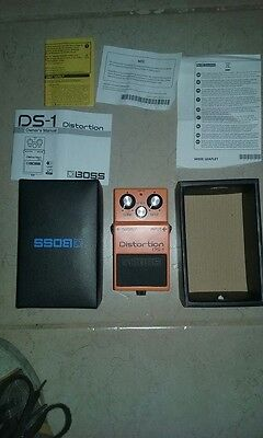 Pedale BOSS DISTORTION DS -1 GUITAR