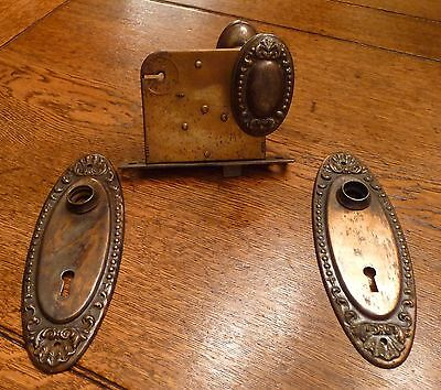 Antique Intricate Metal Door Knobs Match Lock & Back Plate Vulcan & Yale Locks