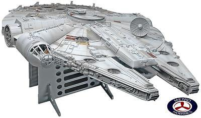 Revell 5093 1/72 Star Wars Master Series Millennium Falcon - Brand New