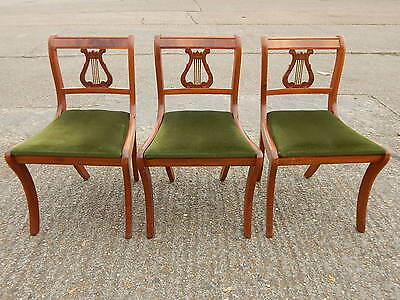 Set of 3x solid wood antique style dining room chairs with bow legs & harp backs