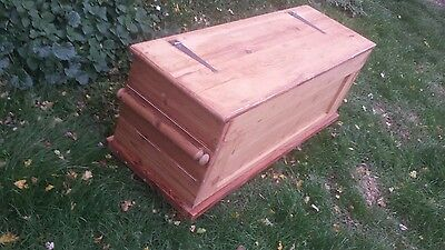 large old victorian pine chest/box  - coffee table - log box - blanket box