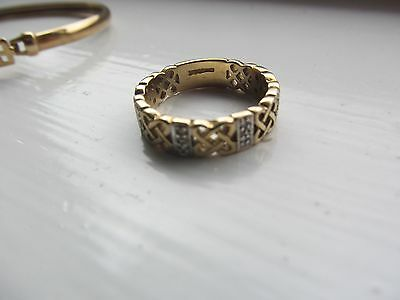 Beautiful Celtic Lovers Knot Diamond  Ring 9Ct Solid Gold Hallmarked