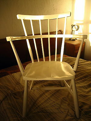 Vintage solid wood white painted chair