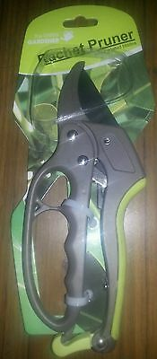 Ratchet Pruner/Garden Secateurs/Garden Snips(brand new)