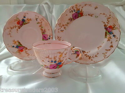 �� Trio Pink Base Rare Spider Web Tuscan England Teacup Saucer Side Plate