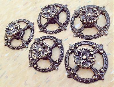 5 VTG Drawer Cabinet KNOBS w/ Unique BACKPLATES French Provincial Pulls Filigree