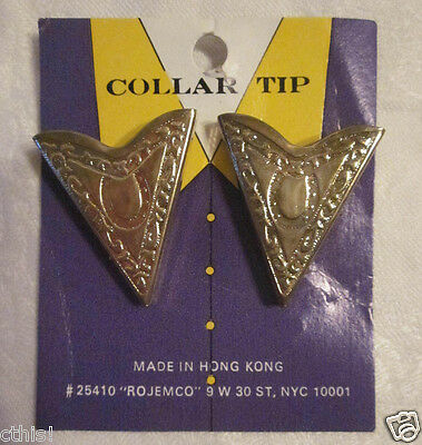 Vintage Western Gold Tone Metal Horseshoe Collar Tips Rojomco NYC on Card Hg Kg
