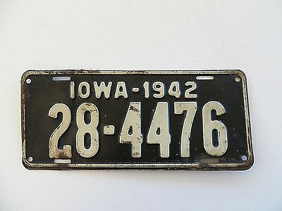 1942 Delaware County Iowa License Plate #28-4476 Passenger Chevy Man Cave Ford