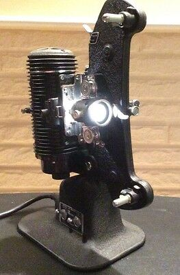 """VINTAGE BELL & HOWELL 8 mm Filmo- """"MASTER"""" Projector W/case"""