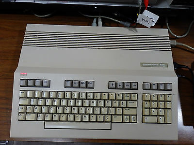 Commodore 128 Computer *Tested* SID 6581R4AR w/ box power supply A/V cable