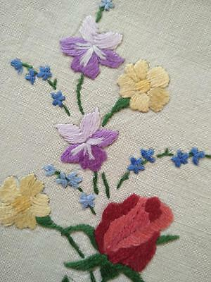 Red Rose/Violets/Buttercups Posy & Forgetmenots~Hand Embroidered Centrepiece/mat