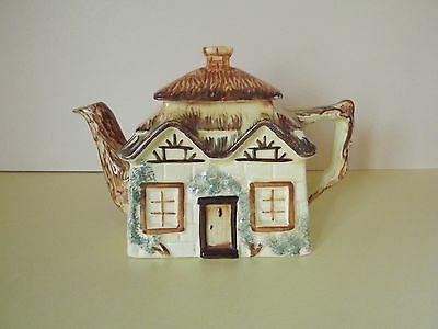 Keele Street Pottery KSP Country Cottage Teapot (69,113)