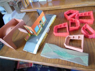 Job Lot Of Railway 9 Items  00/ho Gauge What You See Is What You Get K16