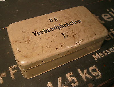 WW2 German First aid metal box Medic marked DR