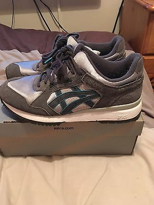 Men's Asic Trainers Size Uk 8