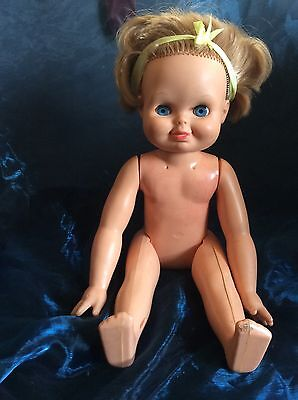 Vintage Palitoy 1970 Tippy Tumbles Hard Body Doll 15 Inches In Height, Blue Eyes