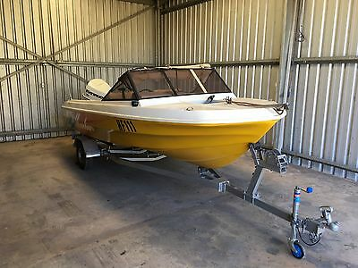 Runabout Boat 4.6M with Evinrude 90HP - Ideal First Boat