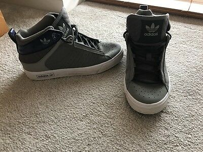 Boys Adidas high top trainers size 3