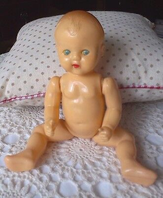 VINTAGE 1950s RODDY DOLL - Approx 20cms - Open/Close Eyes - Moulded Head & Hair