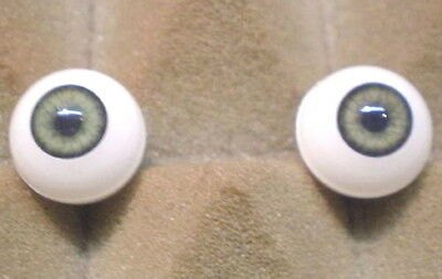 """pair of acrylic eyes green/olive paperweight 0.55""""/ 14 mm"""