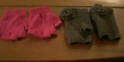 Joblot 2 pairs of Children cute knitted gloves in pink and grey