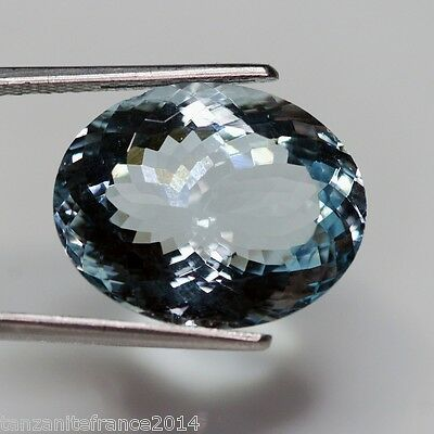 14,99 carats, AIGUE MARINE NATURELLE TOP COLOR . BIG SIZE !!
