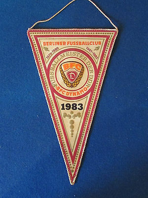 Dynamo Berlin Football Club - Pennant - 1983