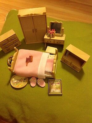 Bedroom set and accessories - Sylvanian families