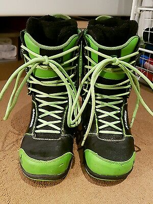 mens k2t1's snowboard boots size 9.5