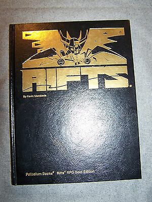 Rifts Gold RPG Edition Signed by Kevin Siembieda 488/600 Palladium Books 1995
