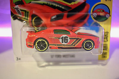Hot Wheels Toy Car Ford mustang 2007 S197