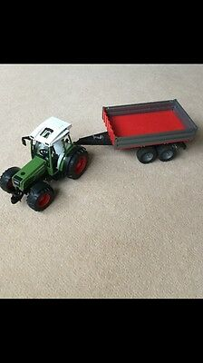 Bruder Fendt 209 Tractor With Tipping Trailer