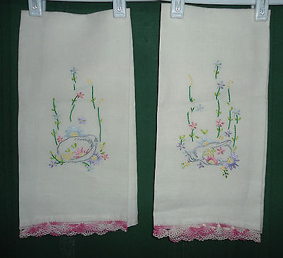 2 Vintage Embroidered Guest Hand Towels with Crocheted Edges - Very Nice!