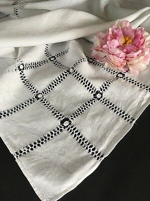 Antique White Linen Tablecloth W/ Pulled Thread Work 12 Napkins