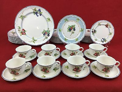 Villeroy & Boch Country Cottage 40-Piece Set for EIGHT Blue Red Berries Fruit