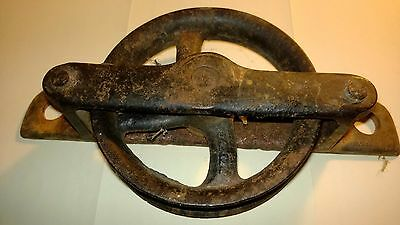 ANTIQUE BARN SHED DOOR HANGER ROLLER  CAST IRON Still Working