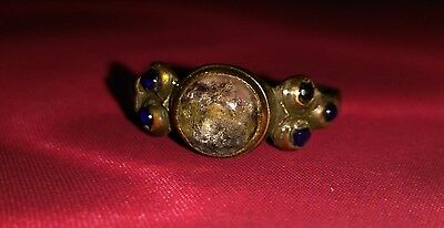 Ancient bronze ring with a stone!17 eyelids.