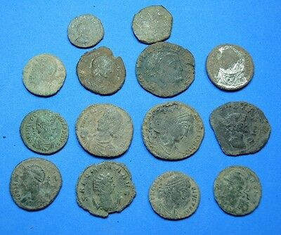 lot of 14 Roman coins.(uncleaned).r