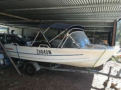 Quintrex Fishabout MK11 Fishing Boat 15FT