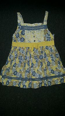 beautiful M&S girls floral strappy top - age 3-4 years