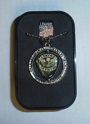 Lynyrd Skynyrd Metal Spinning Center Necklace and Collector Box, BRAND NEW