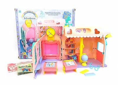 My Little Pony G1 vintage – UK School House with accessories and box