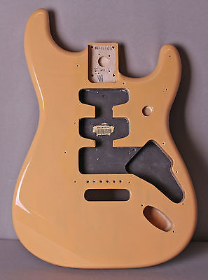 FENDER Deluxe Player Stratocaster Strat Body MIM Butterscotch Blonde On ASH