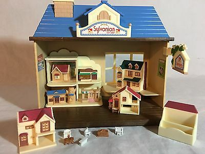 Calico critters/sylvanian families Toy Store Shop With Lots Of Doll Houses