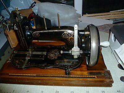 Antique THE OXFORD sewing machine
