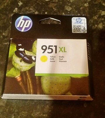 GENUINE HP 951 XL YELLOW INK PRINTER CARTRIDGE NEW & SEALED July 2018