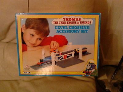 Thomas The Tank Engine Level Crossing accessory set